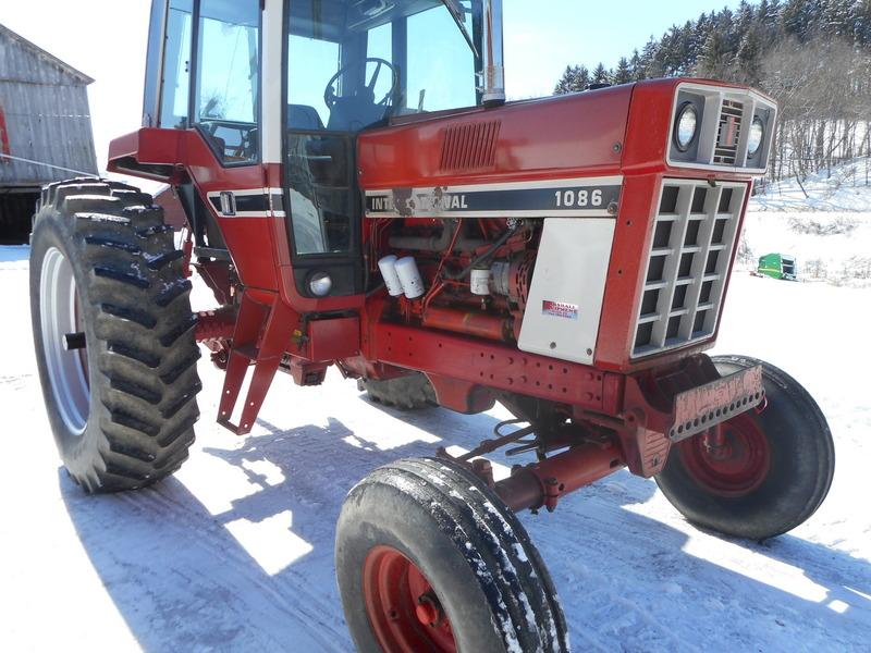 1086 Ih Sprayer : Marshall equipment llc